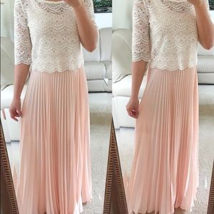 Light pink size 0 maxi skirt with pleats.